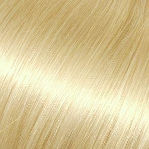 Světlá blond