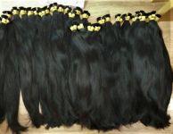 Přírodní východoevropské vlasy